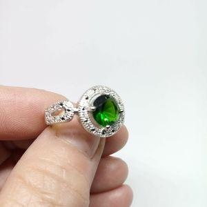 .925 Sterling Silver Emerald/Topaz Ring